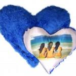 """כרית לב פרווה כחול 40*40 ס""""מ"""